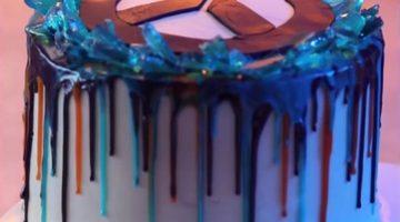 How To Make An Overwatch Anniversary Drip Cake
